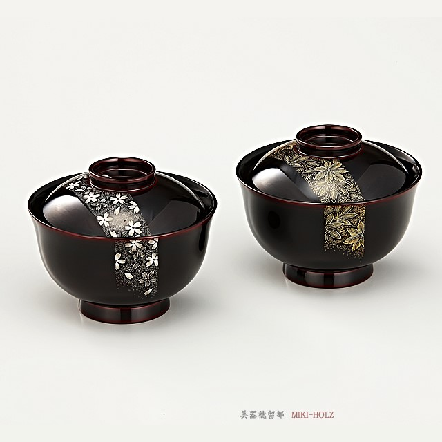 輪島塗 吸物椀  夫婦  端反り 帯春秋沈金 溜内黒塗 桐箱入り/Urushi Art Wajimanuri:covered soup bowl,suimono-wan pair (code:1132)
