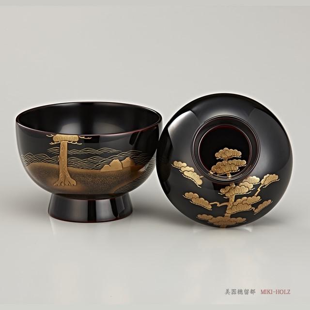 """<p class=""""eig"""">Urushi Art Wajimanuri:Soup bowl zouni-wan, pair bowl (code:1197)</p><p class=""""nih"""">輪島塗 雑煮椀 夫婦 溜内黒塗 松島蒔絵(桐箱入り)</p><p class=""""nih2"""">精緻で美しい工芸には癒やしが感じられます。</p>"""