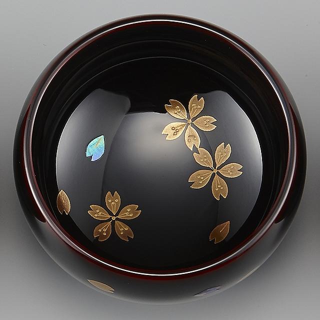 "<p class=""eig"">Urushi Art Wajimanuri:sake cup (a single article) cherry blossoms (code:3162 - cherry blossoms)</p><p>輪島塗 ぐい呑み 溜塗り 桜</p>"
