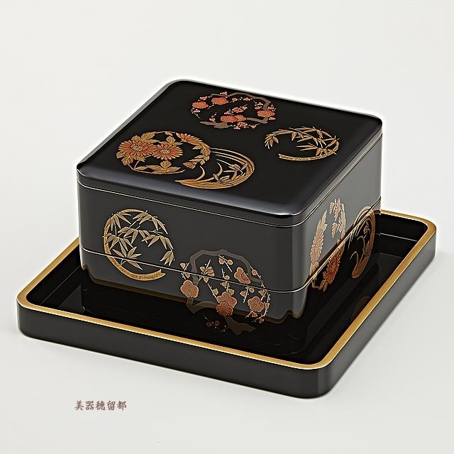 輪島塗 重箱 二段重 (6.5寸隅丸形) 黒内朱 花丸蒔絵 (金縁平台付)