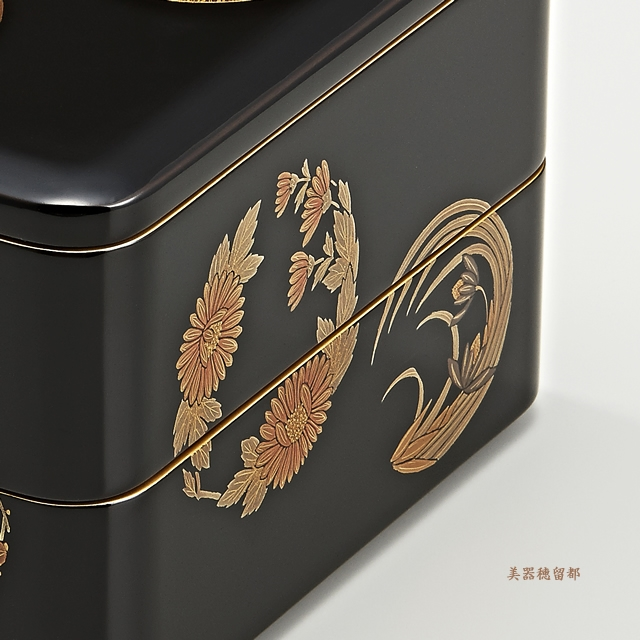 輪島塗 重箱 二段重 (6.5寸隅丸形) 黒内朱 花丸蒔絵(部分)