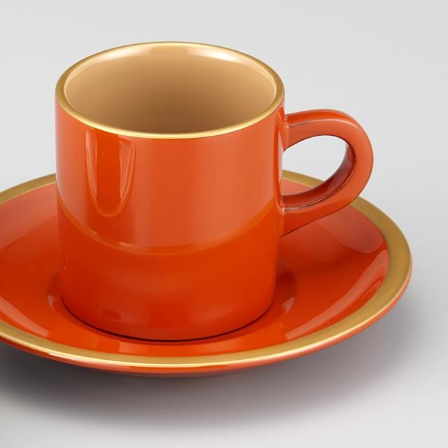 "<p class=""eig"">Urushi Art Wajimanuri:coffee cup (code:1906)</p><p class=""nih"">輪島塗 コーヒーカップ 金縁蒔絵 ペア 外黒内白/洗朱内白 漆塗りスプーン付き(桐箱入)</p><p class=""i95"">外洗朱内白</p>"