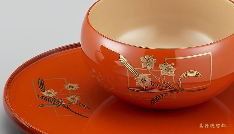 輪島塗 コーヒーカップ 色紙水仙蒔絵 外洗朱内白(漆塗りスプーン付き)